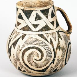 Tularosa Black-on-white type ceramic pitcher, southwestern United States, Ancestral Puebloan culture